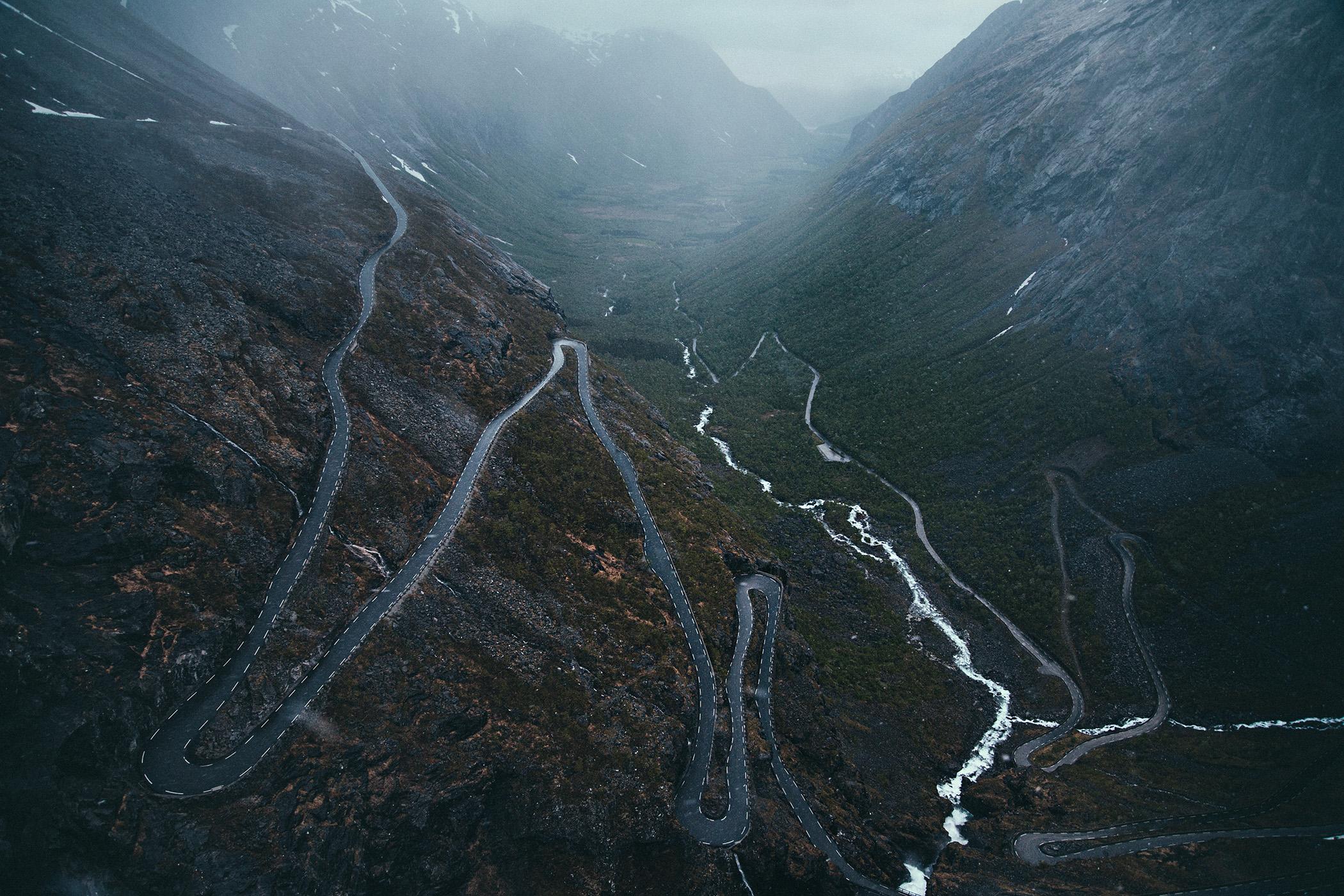 Trollstigen, jedna z najbardziej widowiskowych dróg w Norwegii