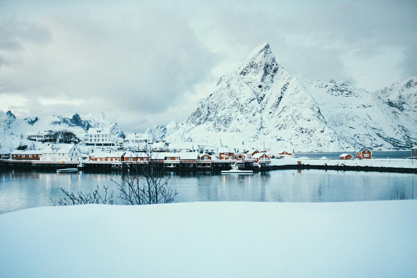 Lofoty zimą, wejście na punkt widokowy
