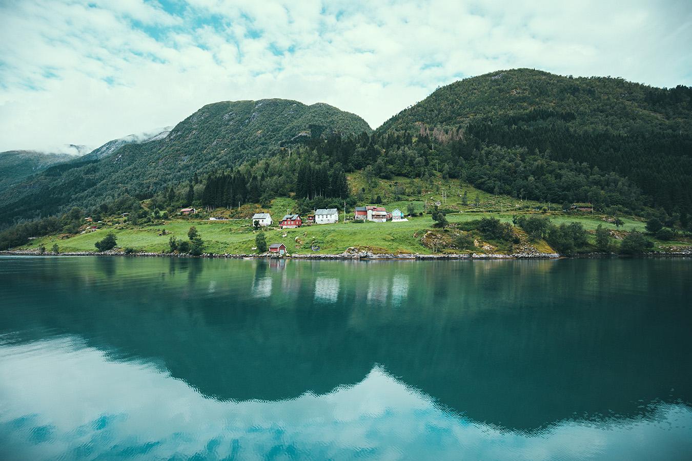 Fjærlandsfjord, Norwegia