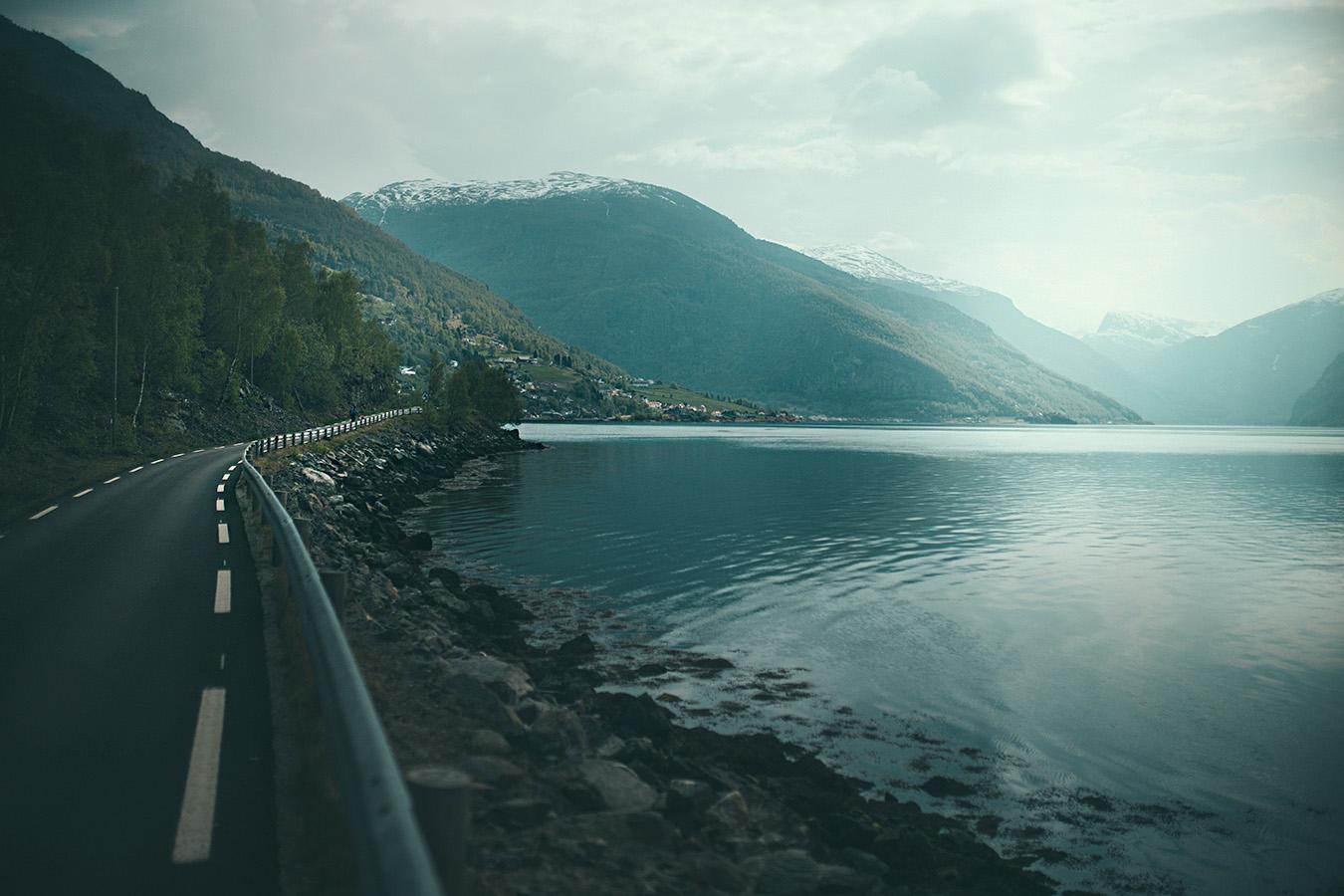 droga między Skjerdal i Aurland