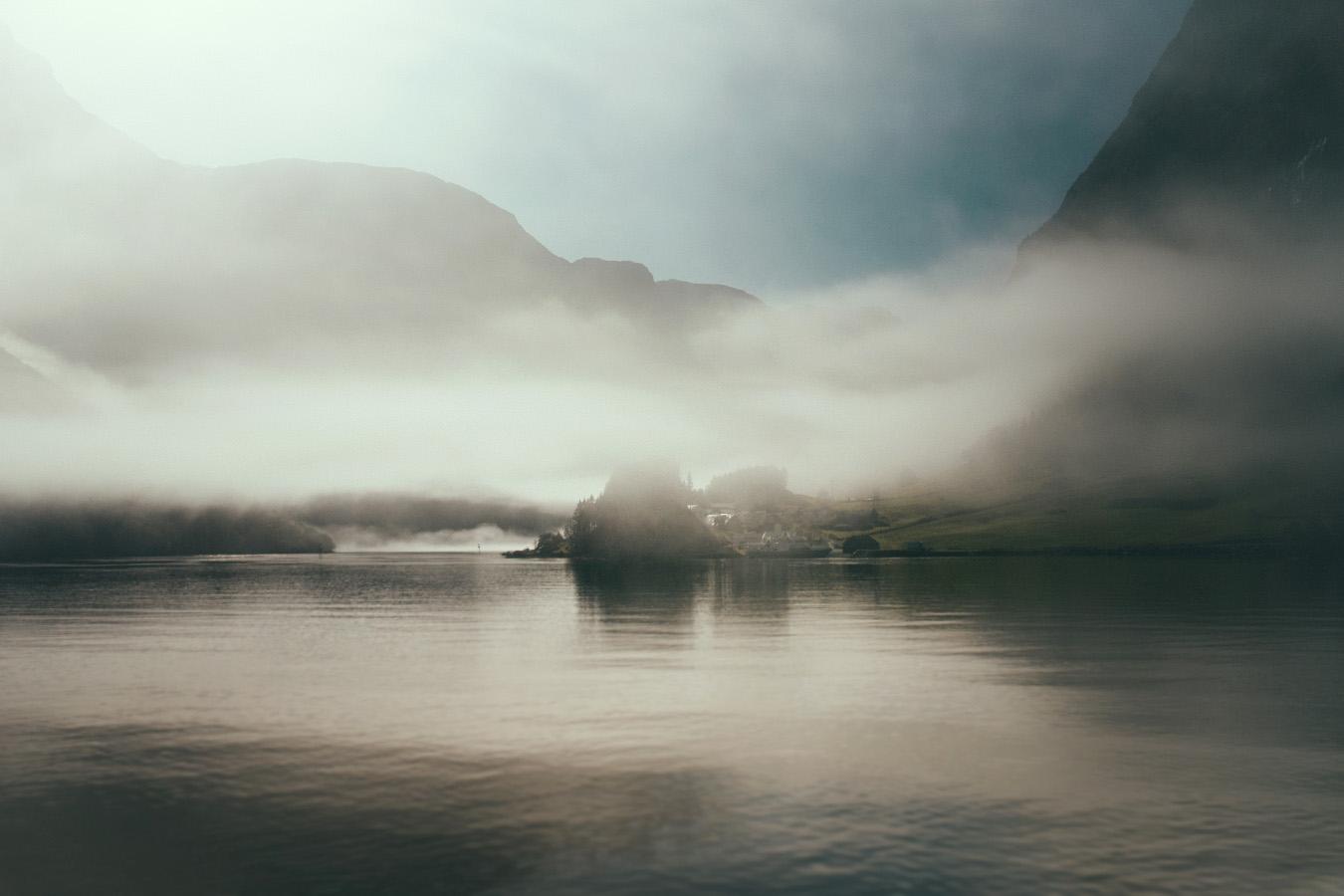 Bakka, Nærøyfjord