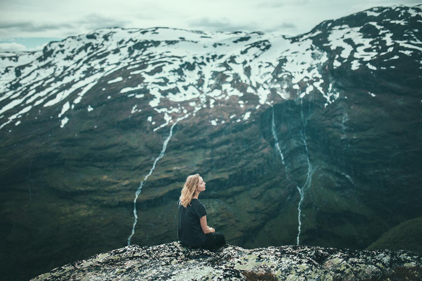 Widok ze szczytu nad Reinunga