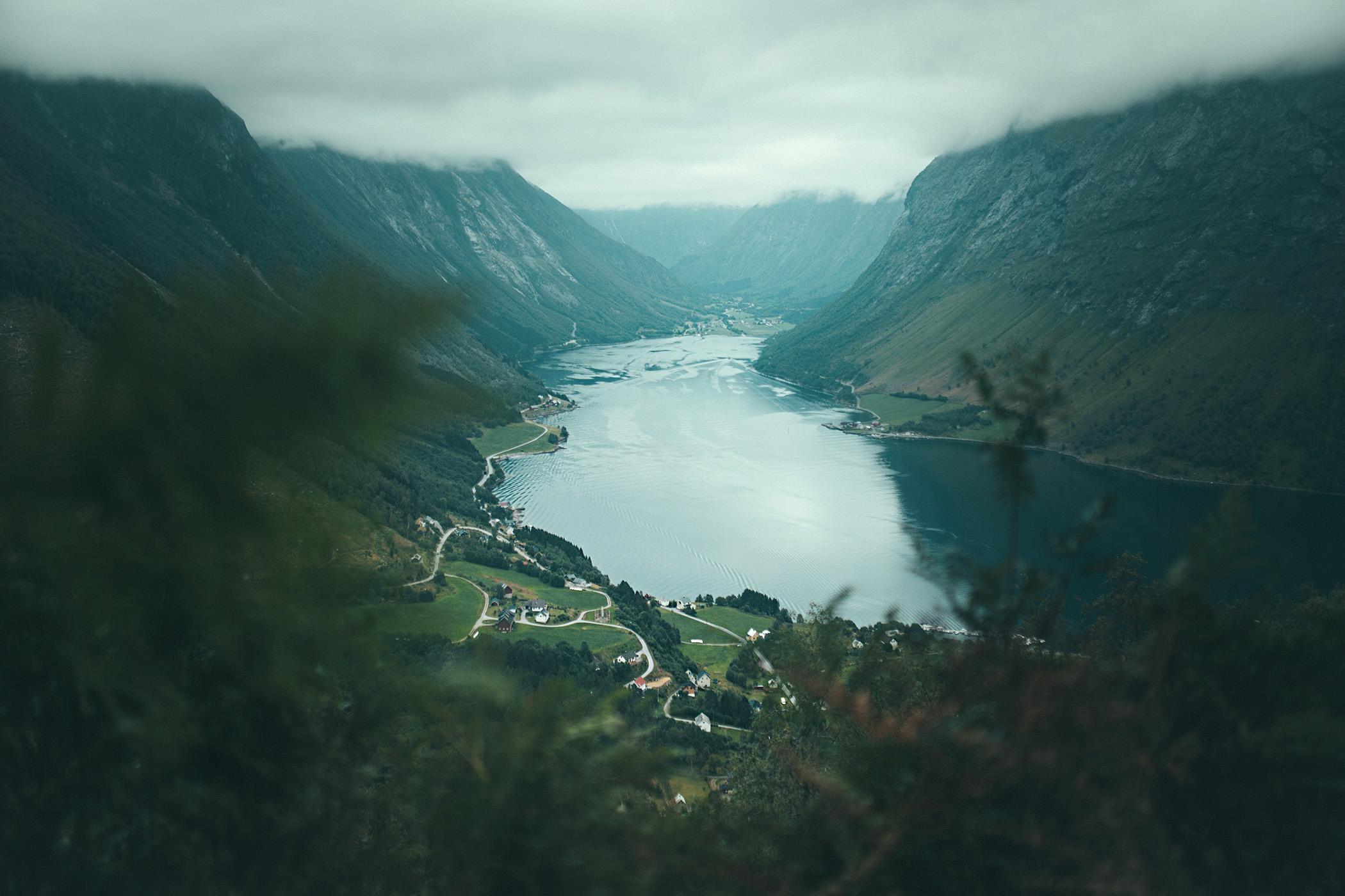 szlak na Saksę, widok na Øye
