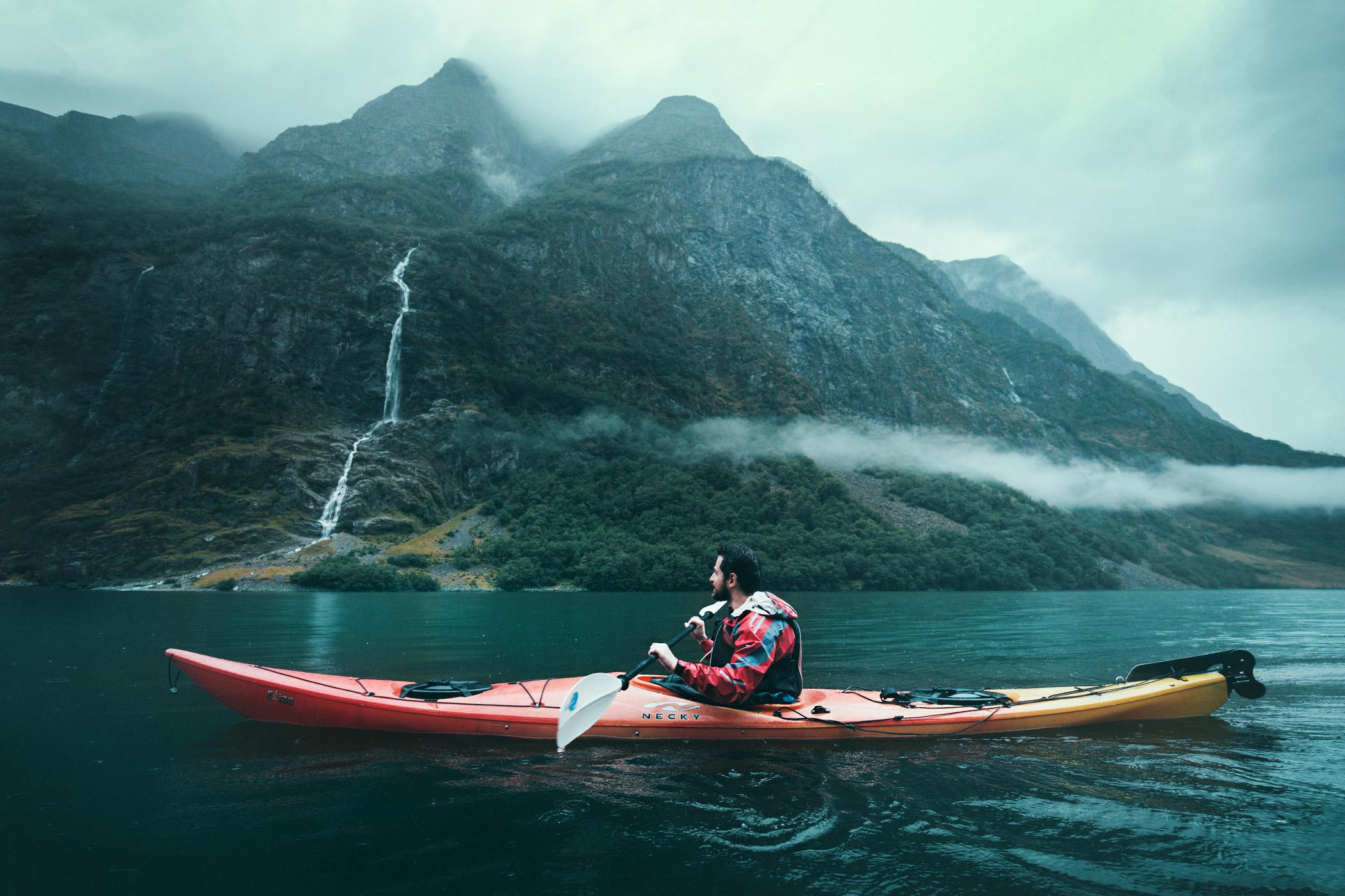 kajaki, Nærøyfjord, Norwegia